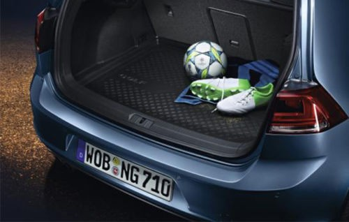 Volkswagen Golf VII Gepäckraumschale
