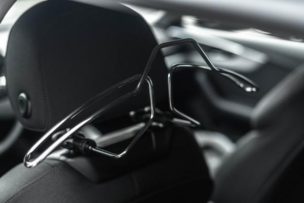 Audi_Kleiderbügel